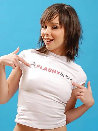 Porn Pics, Flashy Babes